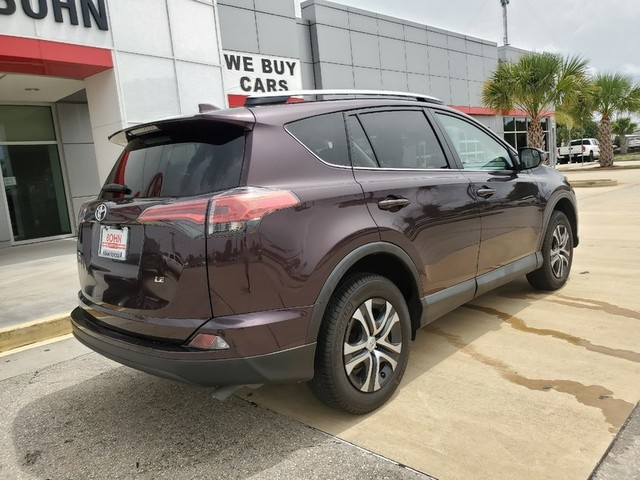 Pre-Owned 2018 Toyota RAV4 LE 1 OWNER SUPER CLEAN AND LOW MILES!!